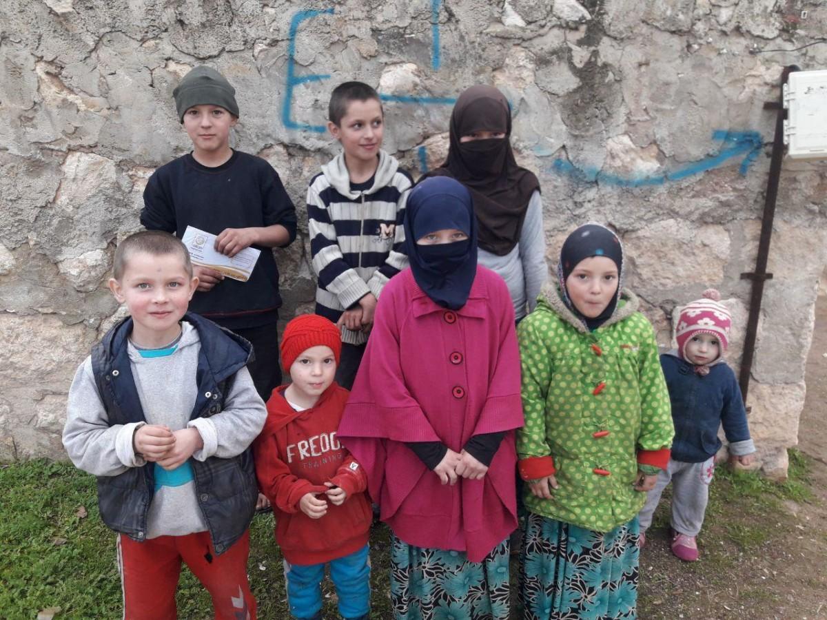 9 yetimli Çeçen aile, uzanacak yardım eli bekliyor
