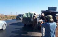 Hama'dan çıkarılan halka ekmek dağıtımı
