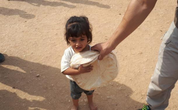 Zeytinliklerde yaşayan halka günlük ekmek yardımımız devam ediyor