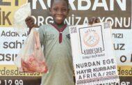 KURBAN BAĞIŞLARINIZ AFRİKA'DA MUTLULUĞA DÖNÜŞÜYOR